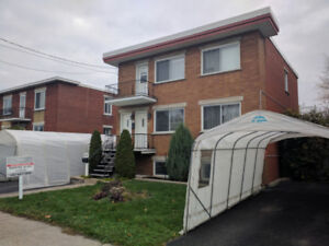 A beautiful 51/2 on the main floor of a duplex in Longueuil