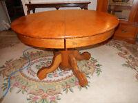 Vintage Pedestal Round Dining Table