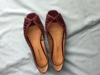 New real leather open toe shoes size 6 - £10.