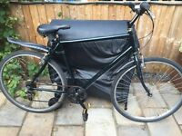 """Mens 22"""" hybrid bicycle. Ready to ride inc new lights, mudguards & delivery. D lock available"""