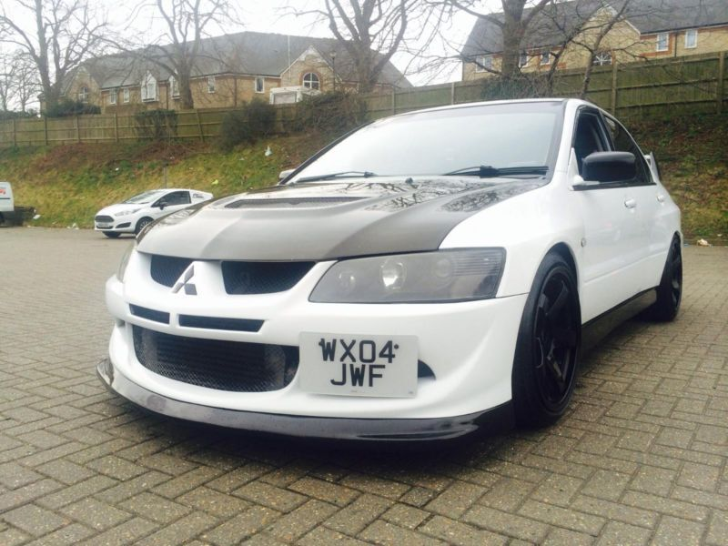 2004 04 mitsubishi lancer evo 8 fq300 viii white 380 400 bhp dynos toys in watford. Black Bedroom Furniture Sets. Home Design Ideas