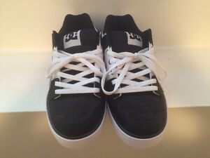 DC Shoes Size 11