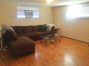 Prime 2Bedroom in GREAT PA location- Available Immediately!
