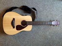 Yamaha JR2 acoustic guitar + bag