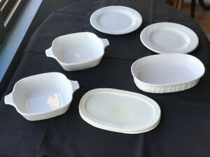 CORNING KITCHENWARE - Stovetop, Oven, microwave, dishwasher safe