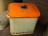 Enamel vintage bread bin