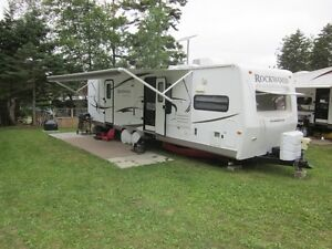 2011 Rockwood Signature Ultra Lite 31.5 ft