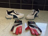 Puma football boots and gloves kids Size 11
