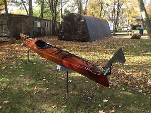 Superbe kayak de mer 18' 6'' en cèdre