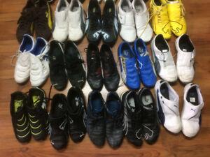 25 paires de chaussures puma à vendre