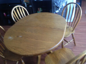Solid Oak Wood Dining Table Set - Good Condition