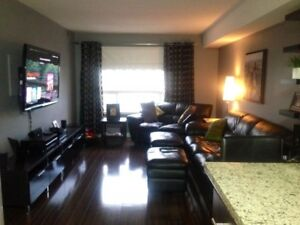 Harbourview Terrace Condo - Corner of Golf Links and Expressway