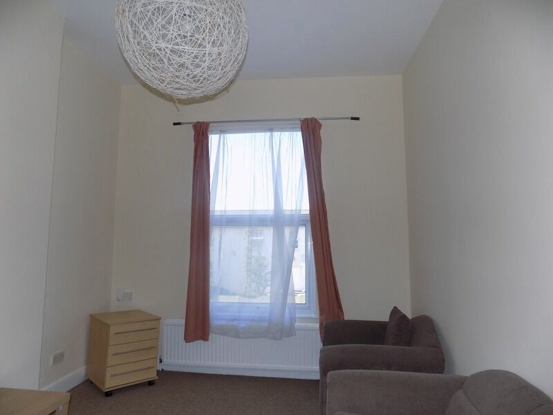 One Bed Flat Acton