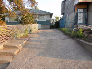 HOUSE FOR RENT IN WINDSOR PARK SW