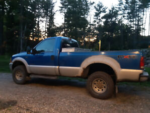 Ford F350  4X4   1999