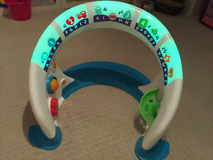 Fisher-Price Bright Beats Smart Touch Play Space Oakville / Halton Region Toronto (GTA) image 2