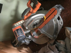 Selling ridgid saw for a great price