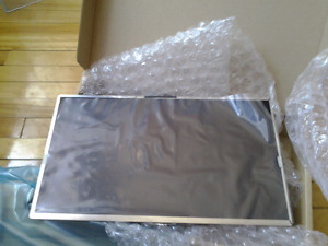 BRAND NEW SAMSUNG LTN184HT01 LAPTOP LCD SCREEN 18.4inch GLOSSY