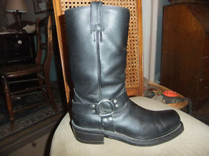 Mens BOULET black harness motorcycle boots