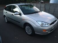 Ford Focus 1.6i 16v Zetec manual petrol