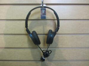 Paire d'écouteur Sony Megabass **L038395**