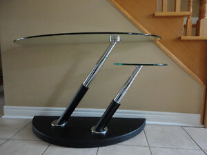 MAGNUSSEN MODESTO SWIVEL TWO TIER GLASS TABLE London Ontario image 2