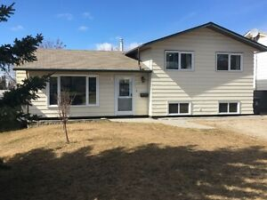 GREAT FAMILY HOME IN FORT ST JOHN