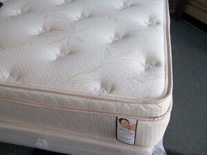 "MIKES GOT KING 4"" ALOE VERA PILLOWTOP MATTRESS AND BOX JUST $575"