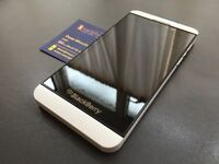 Brand new unlocked sim free Blackberry Z10 sealed box with full new accessories