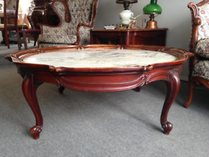 Table à café ou de salon/ Coffee Table or Living Room Table