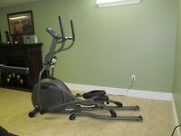 X6100 Elliptical Trainer Machine - Vision Fitness