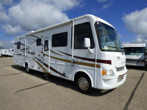 2009 Damon Daybreak 32 Ft, Low Milage!!! 2019 Adventure Ready!