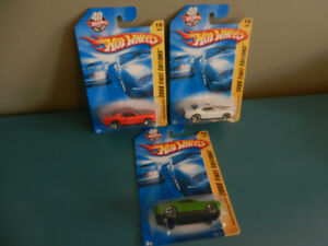 Hot Wheels Dodge Challenger SRT8 2008 First Edition Lot of 3