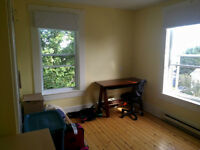 Room in furnished house..  Minutes from Mt Allison (Sackville,NB