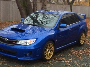2013 Subaru WRX STI w/Tech Pkg Sedan