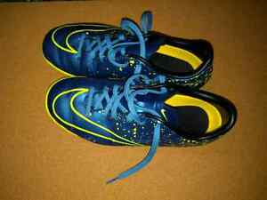 Nike court shoes -  size 3 youth