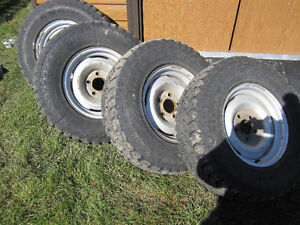 4 goodyear territory tires LT235/75R15 London Ontario image 1