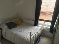 Mon- Fri let Double room available next to Victoria Park, 10 minutes walk from Temple meads