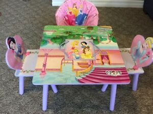Child Princess Table/Chairs