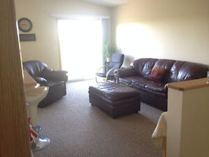 Three Hills-2 bedroom 1 bath bright & clean unit available