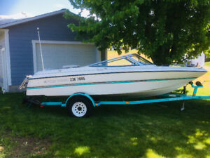 18 ft. , Four Winn's , Freedom, bow rider for sale