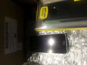 Iphone 5s 16gb black carrier bell/virgin $200