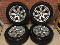 "Genuine Range Rover Evoque 18"" Alloy Wheels and Tyres In Excellent Condition"