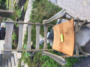 Free Rocking chair/ chaise berceuse à donner