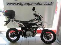 YAMAHA WR125X WHITE, 65 REG 9363 MILES, SUPERMOTO IN EXCELLENT CONDITION....