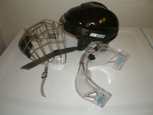 Bauer M-10 Size Medium Hockey Helmet with metal cage & visor