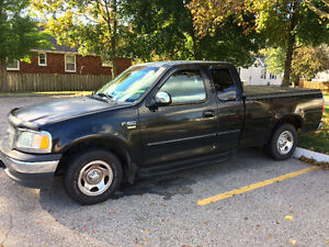 2001 Ford F-150 Pickup Truck NICE!!