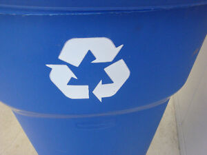 Recycling or Garbage Pail - 121 L / 32 Gallon Peterborough Peterborough Area image 1