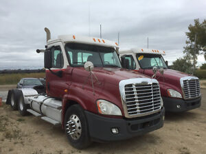 2011 Cascadia Day Cab 500 hp 18 sp. 4 way locks -Air Disc Brakes