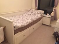 IKEA sofa day bed (king size) white, with 3 drawers